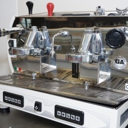 La Nuova Era Espresso Machine
